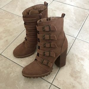 Adorable combat style boots